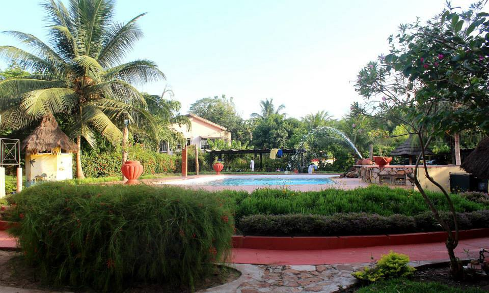 Afrikiko Resort Akosombo - Pool view