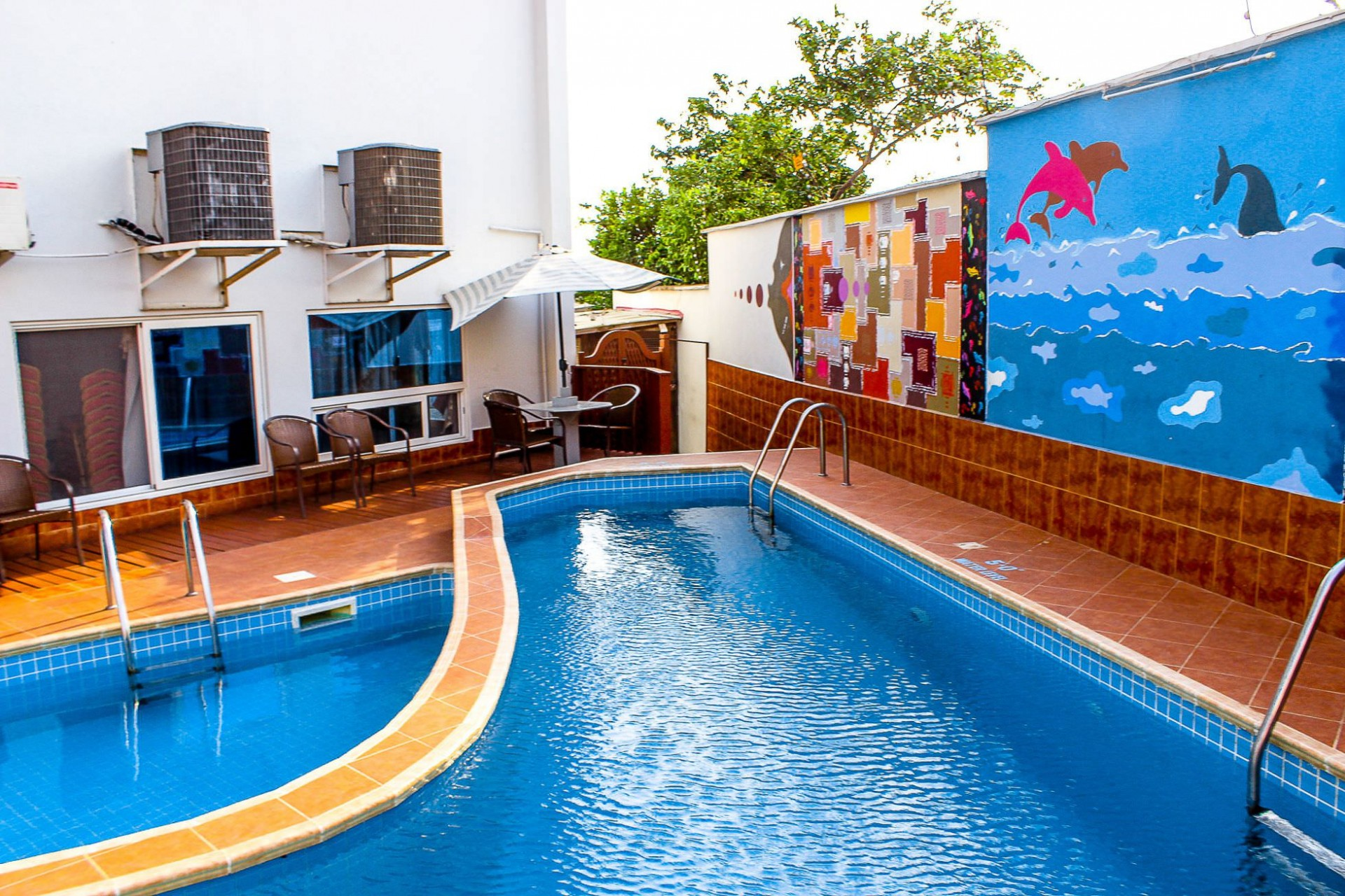 Maxlot Hotel Accra-Pool View