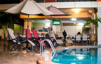 Crismon Hotel Tema - Pool View