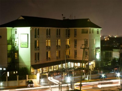 Paloma Hotel-Spintex: Night View